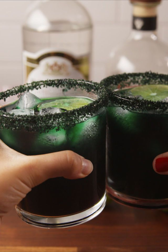 gallery-1507759785-delish-black-magic-margaritas-pinterest-still002